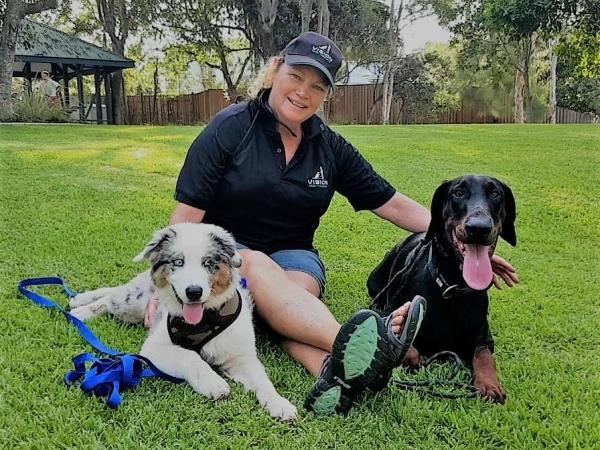 https://www.visiondogtraining.com.au/wp-content/uploads/Me-Strider-Andy-600x450.jpg